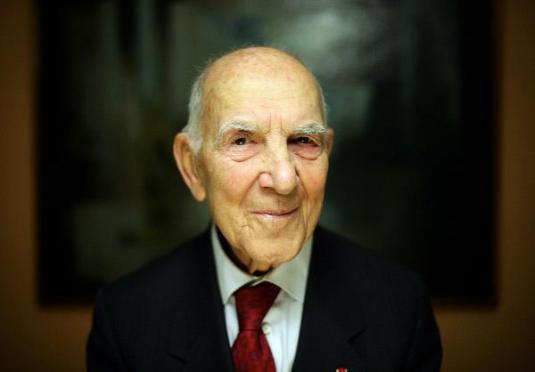 Stéphane Hessel , auteur de Indignez-vous !