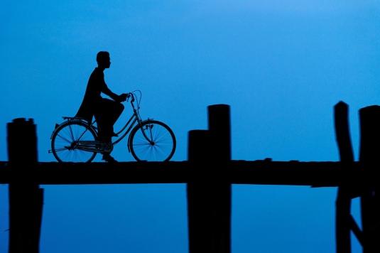 BirmaniePhotographe: Philippe Cap